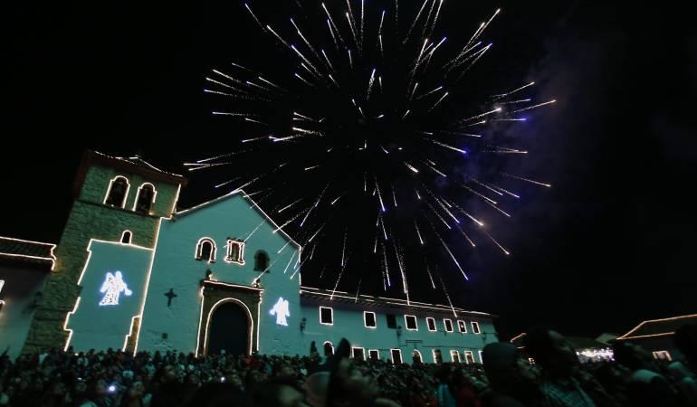 Por solo 80.000 Disfruta del Festival de Luces del pais - A preparar sus  #Velita...